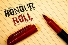 Textzeichen, das Ehrenrolle zeigt Begriffsfotos Liste von Studenten, die Grade über einem Besondere averageIdeas Mitteilungscr er Lizenzfreie Stockbilder