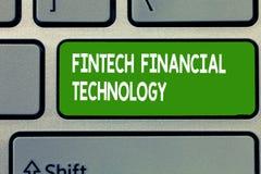 Textzeichen, das Fintech Finanztechnologie zeigt Begriffsfoto erbringen Währungsdienstleistung unter Verwendung der neuen Technik stockfoto