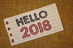 Textzeichen, das hallo 2018 zeigt Die Begriffsfotos, die eine Motivmitteilung 2017 des neuen Jahres beginnen, ist über nowNoteboo Lizenzfreie Stockfotos