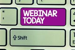 Textzeichen, das heute Webinar zeigt Begriffsfoto Darstellung, die im Internet Videokonferenz stattfindet lizenzfreies stockfoto