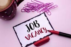 Textzeichen, das Job Vacancy zeigt Begriffsfoto Arbeits-Karriere-freie Positions-Einstellungsbeschäftigungs-Neuzugang-Job geschri lizenzfreie stockfotos