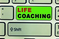 Textzeichen, das Lebensberatung zeigt Begriffsfoto verbessern die Leben durch Herausforderungen anregt uns in unseren Karrieren stockfotos