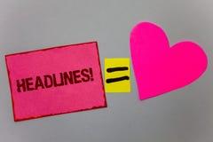 Textzeichen, das Schlagzeilen Motivanruf zeigt Begriffsfoto Überschrift an der Spitze eines Artikels im Zeitung Papier-Herzgleich stockfoto