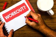 Textzeichen, das Trainings-Frage zeigt Begriffsfoto Tätigkeit für das Wellnessbodybuildingtraining, das roten Stift der Schalenma stockfotos
