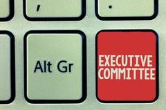 Textzeichen, das Vollzugsausschuß zeigt Begriffsfoto Gruppe ernannte Direktoren hat Ermächtigung in den Entscheidungen lizenzfreies stockfoto