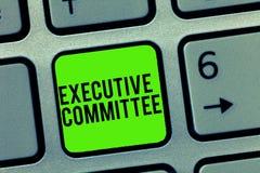 Textzeichen, das Vollzugsausschuß zeigt Begriffsfoto Gruppe ernannte Direktoren hat Ermächtigung in den Entscheidungen stockbilder