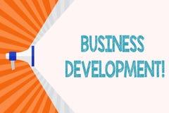 Textzeichen, das wirtschaftliche Entwicklung zeigt Begriffsfoto, das strategische Gelegenheiten f?r ein bestimmtes Gesch?ft aus?b lizenzfreie abbildung