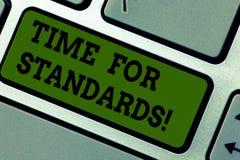 Textzeichen, das Zeit für Standards zeigt Begriffsfotospezifikation für messende entweder Rate oder Punkte Taste Absicht vektor abbildung
