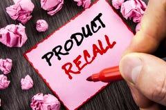 Textzeichen Rückruf eines fehlerhaften Produktes Geschäftskonzept für Rückruf-Rückerstattungs-Rückkehr für die Produkt-Defekte sc Stockfotos