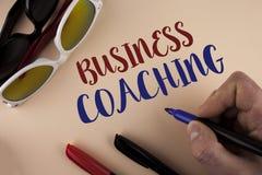 Textzeichen-Vertretung Geschäfts-Anleitung Beratungsexperte des Begriffsfotos Ihre Feld Erfahrungsverbesserung geschrieben vom Ma lizenzfreies stockbild