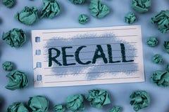 Textzeichen-Vertretung Rückruf Begriffsfoto holen zurück zu dem Gedächtnis, welches die Rückkehr einer Person oder des Produktes  lizenzfreies stockfoto
