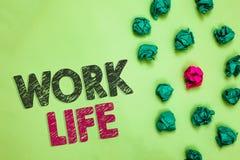Textzeichenvertretung Arbeits-Leben Begriffsfoto eine tägliche Aufgabe zu ERN-Geld, Bedarf von einem \ 'zu stützen s-Selbst Crump stockbild