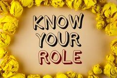 Textzeichenvertretung kennen Ihre Rolle Begriffsfoto definieren Position in Arbeit oder Lebenslauf Lebenziele Active, der auf ein Stockfoto