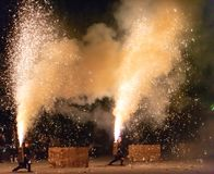 Tezutsu Hanabi (festival de mano de los fuegos artificiales) imagenes de archivo