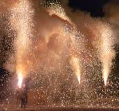 Tezutsu Hanabi (festival tenuto in mano dei fuochi d'artificio) fotografie stock libere da diritti