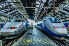 TGV hoge snelheids Franse trein Stock Afbeeldingen