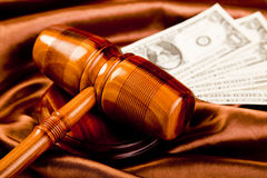 Thème de loi, maillet de juge ! Photographie stock