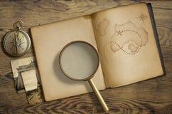Thème nautique d'aventure et de voyage Journal intime avec Images libres de droits