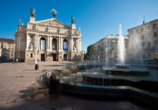 Théâtre d'opéra à Lviv. Photographie stock