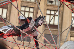 Théâtre de rue sur B-FIT dans la rue Bucarest 2015 Photo stock