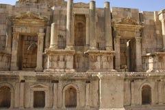 Théâtre du sud, ville romaine antique de Gerasa de l'antiquité, Jerash moderne, Jordanie photographie stock libre de droits