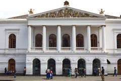 Théâtre national de sucre sur Plaza del Teatro à Quito, Equateur Photo libre de droits