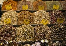 Thé à vendre sur le marché d'épice, Istanbul Photo libre de droits