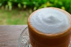 Thé au lait thaïlandais chaud Image stock