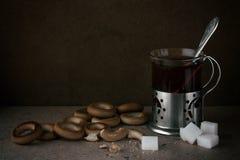 Thé avec des dessiccateurs Photographie stock libre de droits
