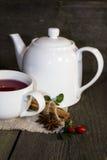Thé avec la théière Photographie stock libre de droits