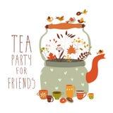 Thé avec la théière et les tasses Photos stock