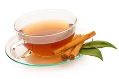Thé chaud avec de la cannelle photographie stock