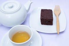 Thé d'après-midi avec le 'brownie' Photos stock