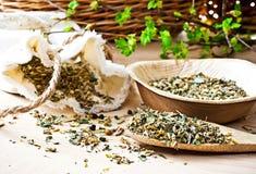 Thé de fines herbes. Photos libres de droits