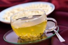 Thé de fond de médecine de fines herbes de guimauve image stock