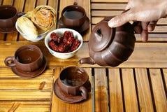 Thé et dessert images stock