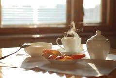 Thé et pommes photographie stock libre de droits