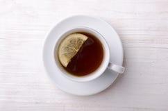 Thé noir avec le citron Le thé le plus de première qualité Photos libres de droits