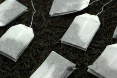 Thé sur l'Asiatique de fines herbes d'herbe blanche photos libres de droits