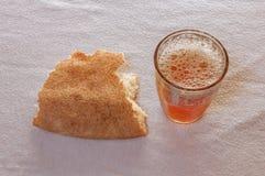 Thé traditionnel potable au Maroc Photos libres de droits