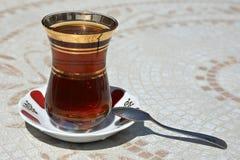 Thé turc noir Photographie stock libre de droits