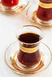 Thé turc traditionnel en verres Photos libres de droits