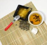 Thé vert avec du miel photos stock
