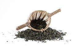 Thé vert avec le passoir Image libre de droits
