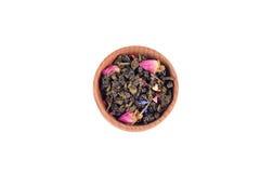 Thé vert dans la cuvette en bois Photo libre de droits