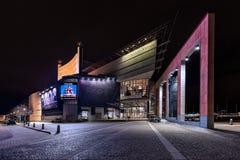 Théatre de l'opéra de Gothenburg pendant l'éclairage de soirée Photographie stock libre de droits