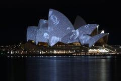 Théatre de l'$opéra vif v2 de Sydney Photos stock