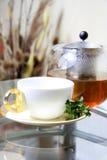 Théière et cuvette de thé Photo libre de droits
