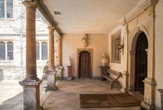 15th århundrade Sevenoaks för gammal engelsk herrgård Klassiskt engelskt bygdhus Royaltyfri Bild