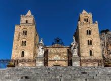 13th århundradeCefalu domkyrka i Cefalu, Sicilien, Italien Fotografering för Bildbyråer